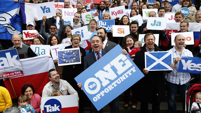 'Please don't go': Cameron and Co. make desperate plea to Scots to stay in the Union