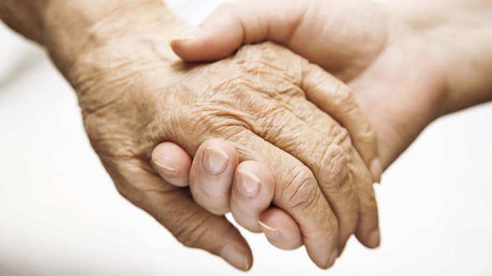 Alzheimer's now costs the UK £26bn every year – charity