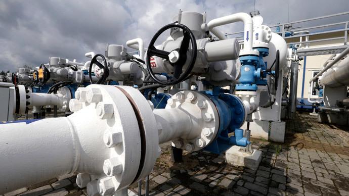 Poland stops reverse gas flow to Ukraine, Kiev blames Russia