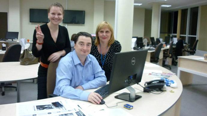 Igor Guzhva at the Vesti.ua office (Image from facebook)