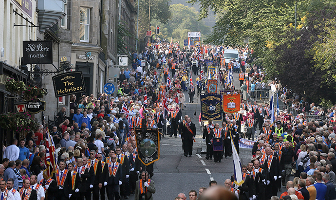 Members of the Orange Order march during a pro-Union rally in Edinburgh, Scotland September 13, 2014 (Reuters / Paul Hackett)