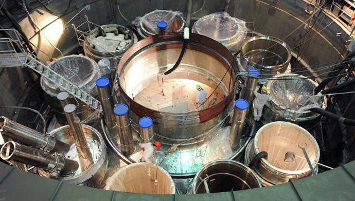 Construction of the BN-800 breeder reactor. Photo from sdelanounas.ru