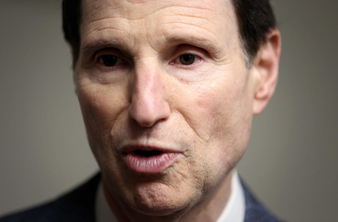 U.S. Sen. Ron Wyden (Alex Wong / Getty Images / AFP)