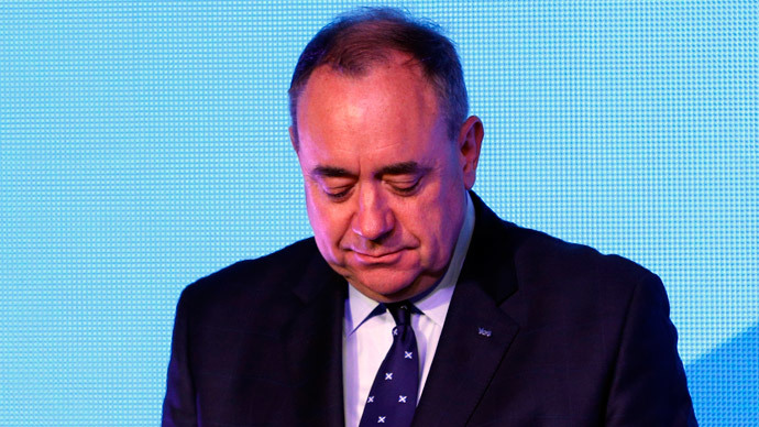 Salmond resigns after losing Scottish independence referendum