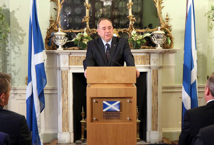 Scotland's First Minister Alex Salmond speaks during a news conference in Edinburgh in this September 19, 2014. (Reuters/Scottish Government/Handout via Reuters)