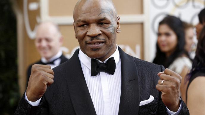 Mike Tyson helps motorcycle crash victim in Las Vegas