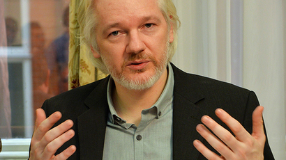 WikiLeaks fashion: Assange's fashionista line to hit India's malls
