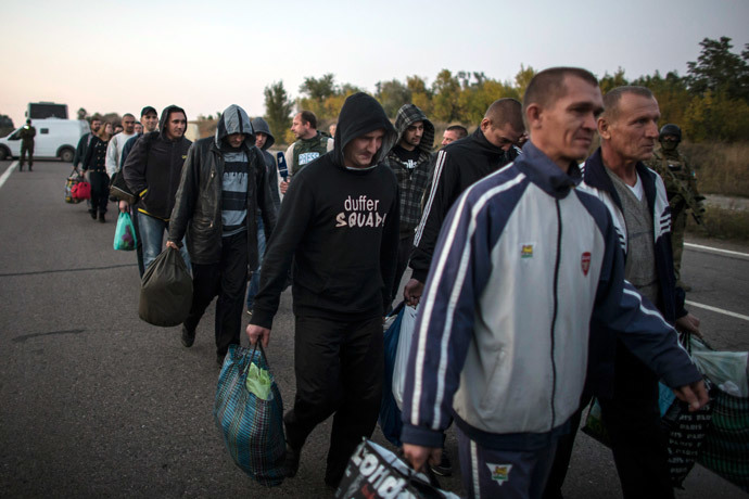 Rebel captives wait to be exchanged, north of Donetsk, eastern Ukraine, September 28, 2014.(Reuters / Marko Djurica)
