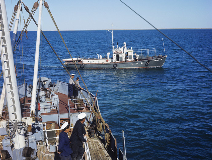 Aral fish factory. The Aral Sea, 06.01.1968 (RIA Novosti/Iosif Budnevich)