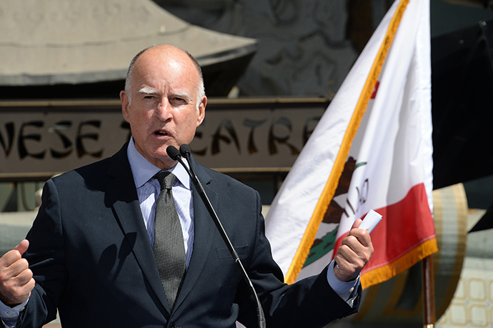 California Governor Jerry Brown (AFP Photo / Robyn Beck)