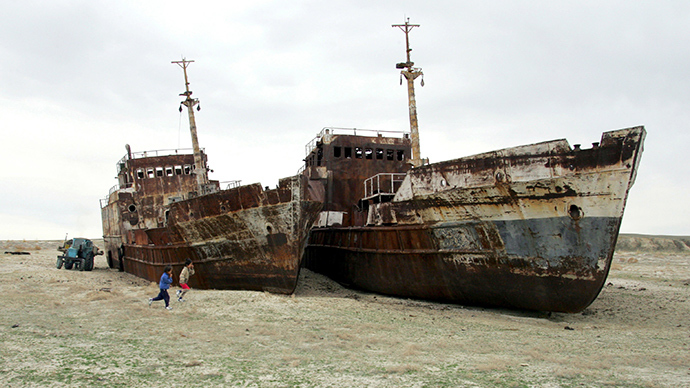 Aral Sea: How one of world's largest lakes turned into ship cemetery (VIDEOS)