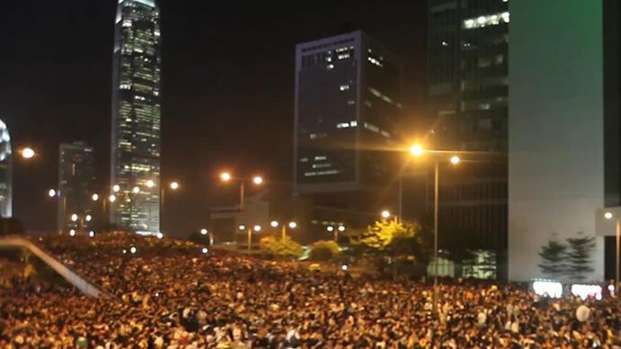 Tens Of Thousands Sleep Out: Massive Protest Lights Up Hong Kong Skyline – 30 September 2014 2
