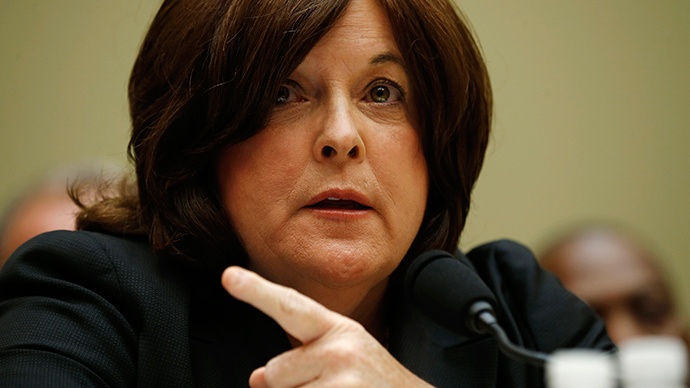 """U.S. Secret Service Director Julia Pierson testifies at the House Oversight and Government Reform Committee hearing on """"White House Perimeter Breach: New Concerns about the Secret Service"""" on Capitol Hill in Washington September 30, 2014 (Reuters / Kevin Lamarque)"""
