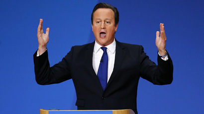 Cameron defies critics, says EU referendum won't harm UK economy