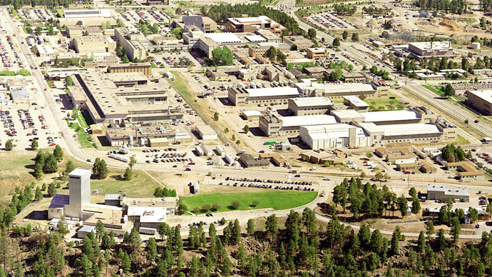 Nuclear kitty litter: Chemical reaction caused radioactive leak at Los Alamos waste plant