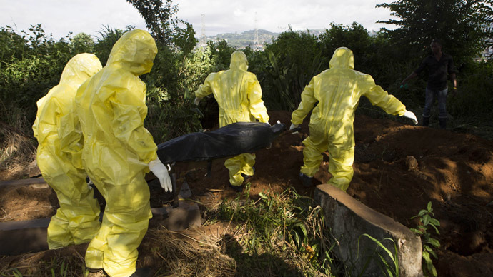 Ebola dead left in Sierra Leone streets as gravediggers strike