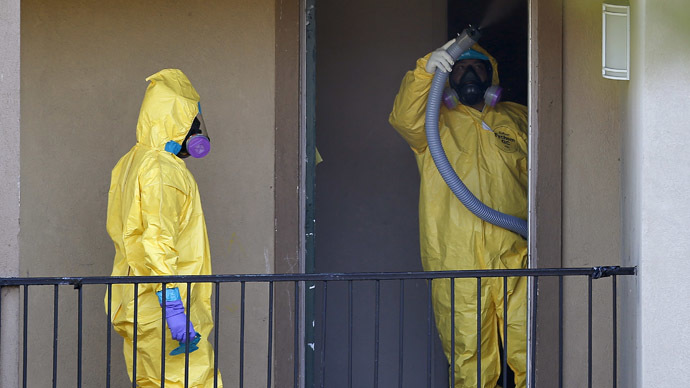 Blame game begins in US after nurse infected with Ebola