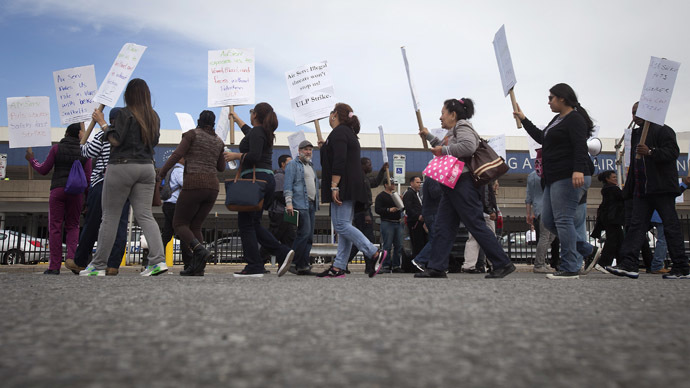 Ebola scare: LaGuardia on strike, 58% of Americans want to ban flights from W. Africa