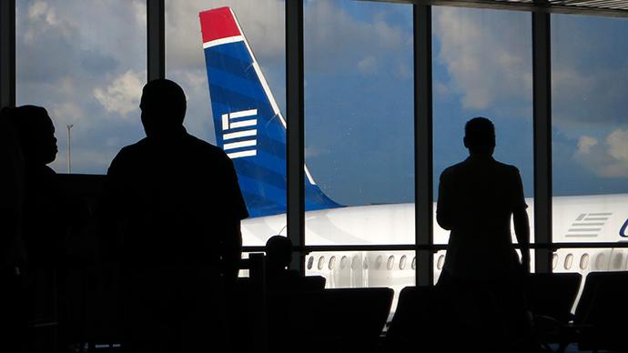 US steps up Ebola screening at New York's JFK airport