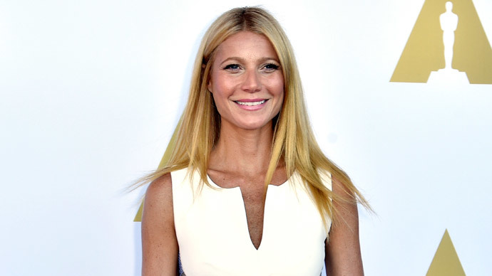 Paltrow hosting Obama fundraiser: 'You're so handsome that I can't speak properly'