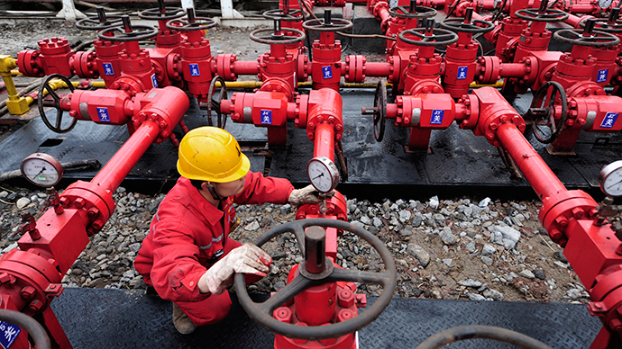 Russia and China may agree on Western gas pipeline in 2015 – Medvedev