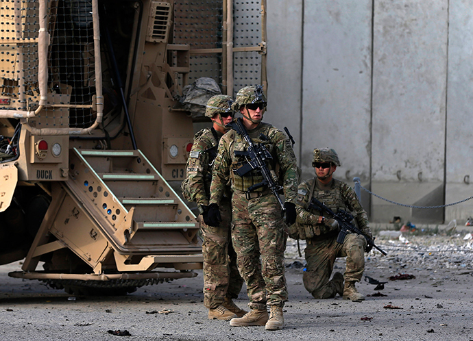 U.S. troops arrive at the site of a suicide attack in Kabul October 13, 2014 (Reuters / Omar Sobhani)