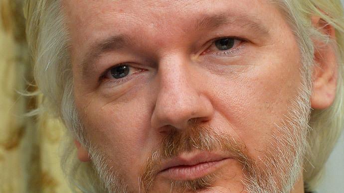 WikiLeaks fashion: Assange's fashionista line to hit India's malls