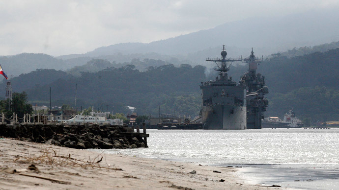 US warships are seen docked at Subic bay in Olongapo city, north of Manila, October 14, 2014. (Reuters / Lorgina Minguito)