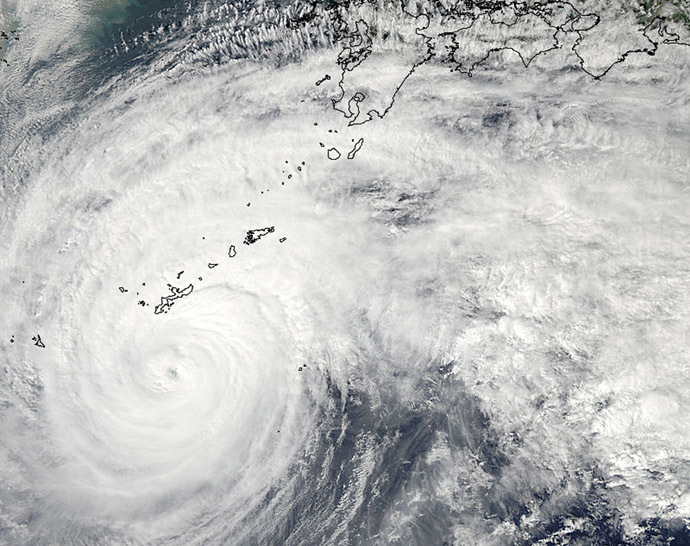 A Moderate Resolution Imaging Spectroradiometer (MODIS) image from NASA's Aqua satellite shows Typhoon Vongfong in the Pacific Ocean, approaching Japan's main islands on its northward journey October 11, 2014. (Reuters / NASA)