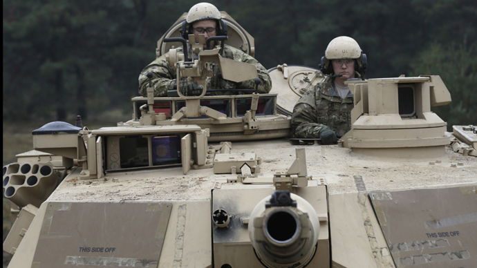 US tanks arrive in Latvia to ward off 'perceived' Russian threat (VIDEO)