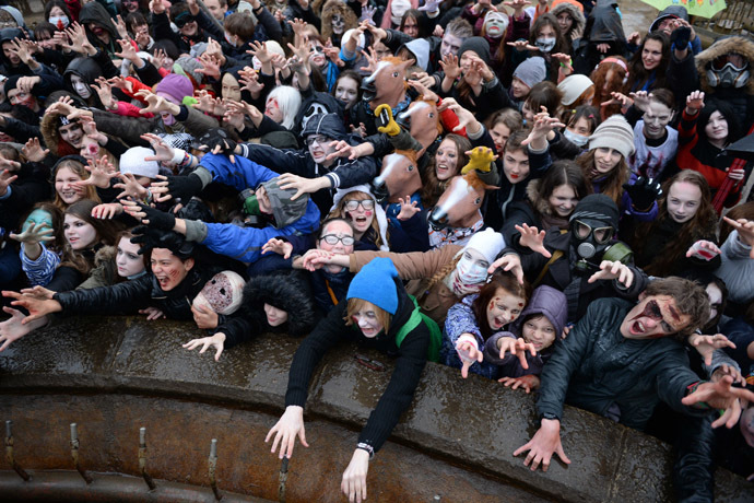 Participants in a Zombi parade ahead of Halloween on Krasny Prospekt in Novosibirsk. (RIA Novosti/Alexandr Kryazhev)
