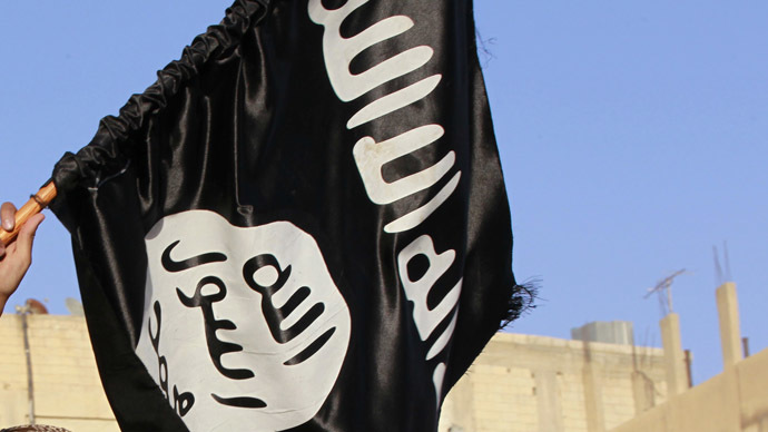 False flag: Welsh mum hoists Islamic banner, condemns ISIS 'scumbags'