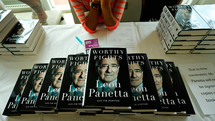 A display of the new memoir 'Worthy Fights' by former U.S. Secretary of Defense Leon Panetta.(Reuters / Jonathan Ernst)