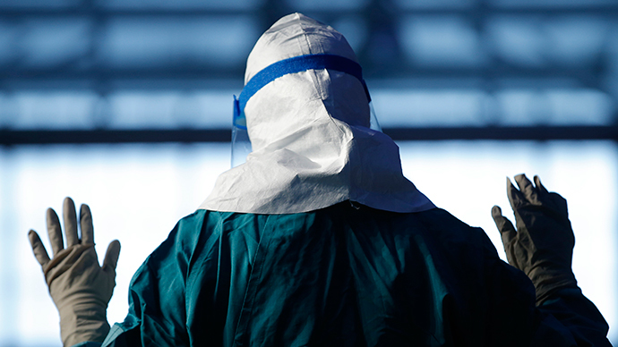 Doctor in New York tests positive for Ebola after Guinea aid work