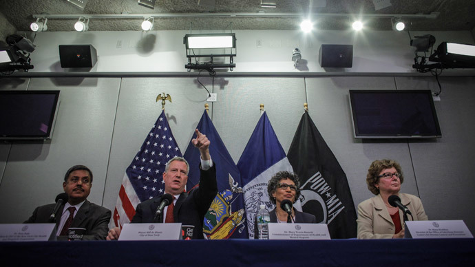 Signs of Ebola: Animated deaf interpreter at NYC press conference goes viral
