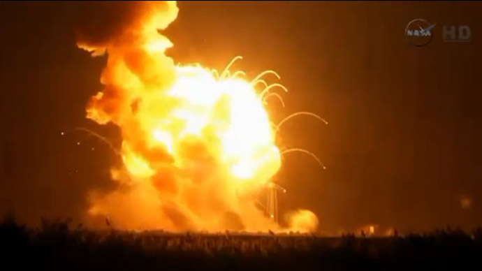 ISS-bound rocket explodes on takeoff from NASA facility in Virginia (PHOTOS, VIDEO)