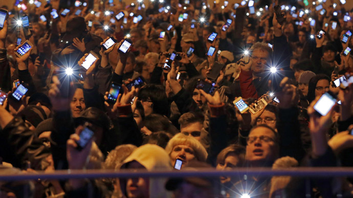 Hungary axes internet tax after mass protests