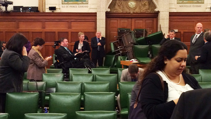 Canadian hero guard gets 'lifetime supply' of beer for defending MPs