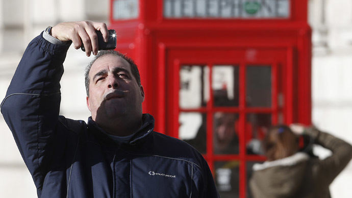 Soft cell: 40% of Brits don't make calls on smartphones – report