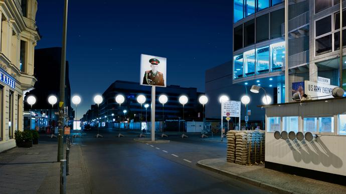 The Border of Lights display (Photo: christopherbauder.com)
