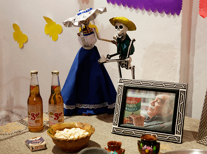 A picture of Colombian writer Gabriel Garcia Marquez is seen in the Day of the Dead decorations presented by the Embassy of Mexico in Bolivia at the Tambo Quirquincha in La Paz (Reuters / David Mercado)