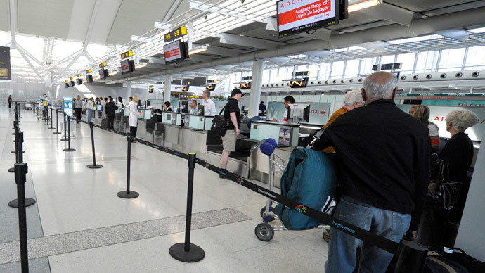 Canada imposes visa ban on Ebola-hit African countries