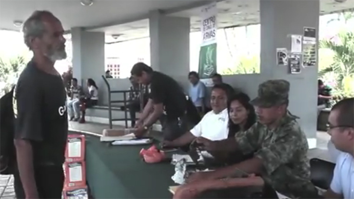 Guns for iPads: Mexicans embrace arms swap campaign (VIDEO)