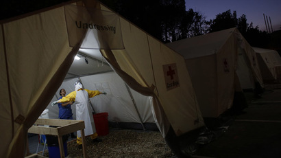 UK opens Ebola treatment center in Sierra Leone, British troops arrive