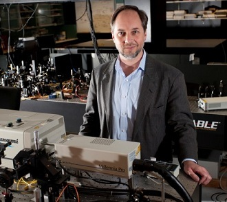 The Director of Griffith's Centre for Quantum Dynamics, Professor Howard Wiseman (Griffith University)
