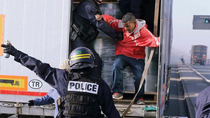 French illegal immigrant problem sees minister plead for UK police support