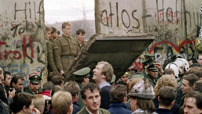 Quarter century after fall, Berlin Wall-like division flourishes again