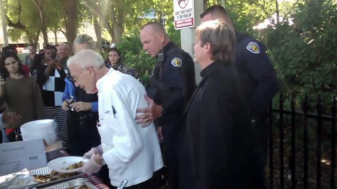 90yo US WWII vet vows to defy arrest for feeding homeless