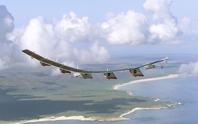 This NASA handout image obtained 11 June 2003 shows the Helios Prototype flying wing, which is the first flight of a large aircraft to be powered by electric fuel cells, flying over Hawaii. (AFP/NASA)