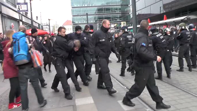 Clashes erupt in Berlin amid fall of the Wall, Kristallnacht events (VIDEO)